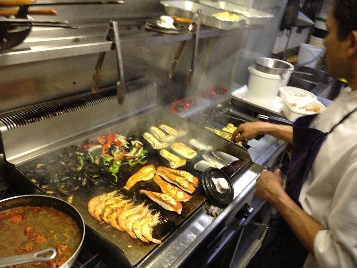 restaurant la feria poisson - cuisine a la plancha | la feria