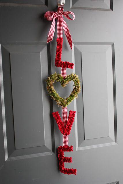 Love door hanger. Cute.