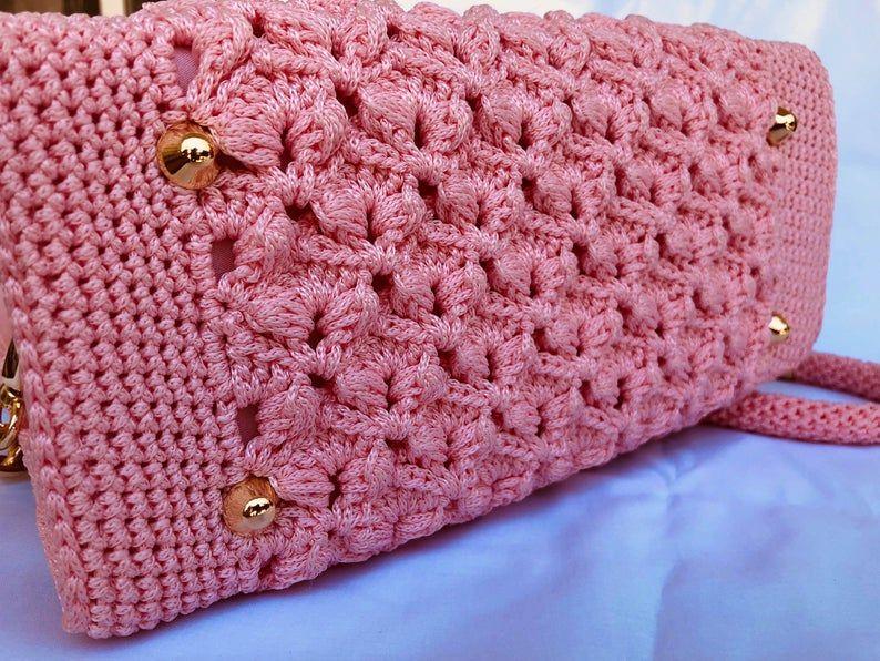 TOP HANDLE BAG Pink Crochet