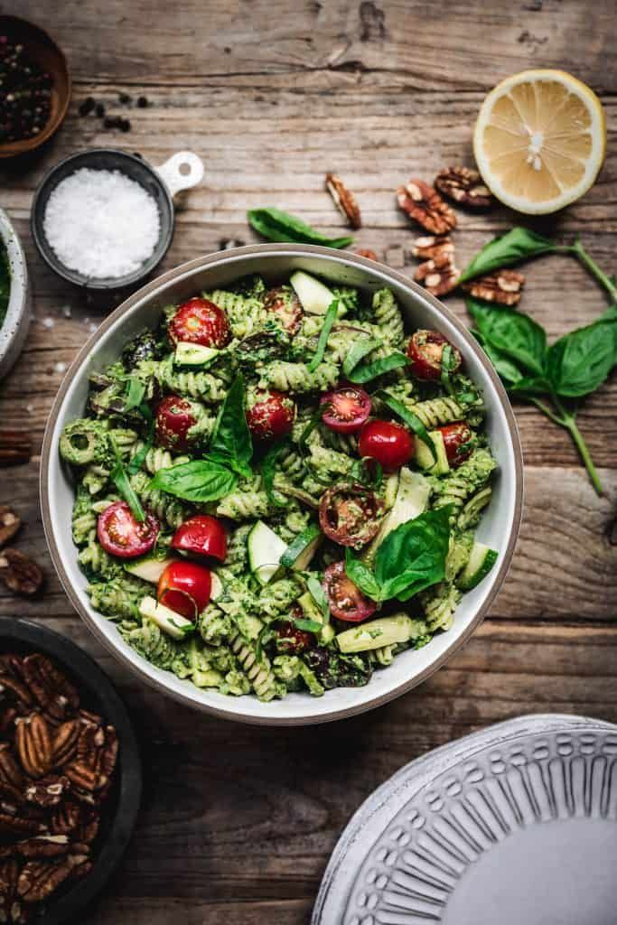 Pecan Pesto Pasta Salad Pesto pasta salad is a dish that hits all the right notes. It's quick and easy to make, full of fresh seasonal ingredients, highly versatile and packed with nutrients. This pasta salad with creamy vegan pecan pesto is especially nutrient-dense. |