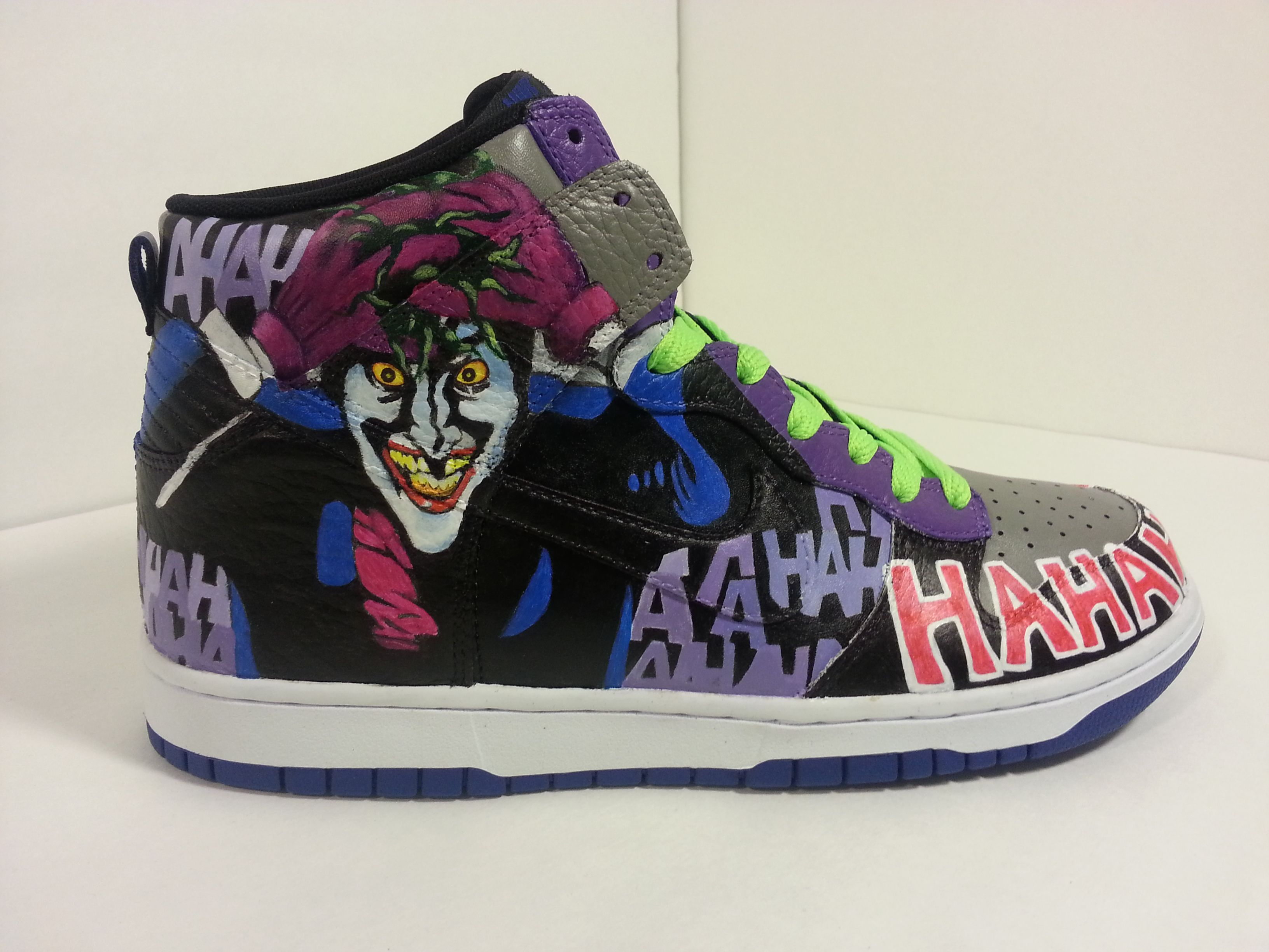 new arrival 698c6 94f5a Joker hand painted Custom Nike Dunks Batman Shoes, Hype Shoes, Custom  Painted Shoes,