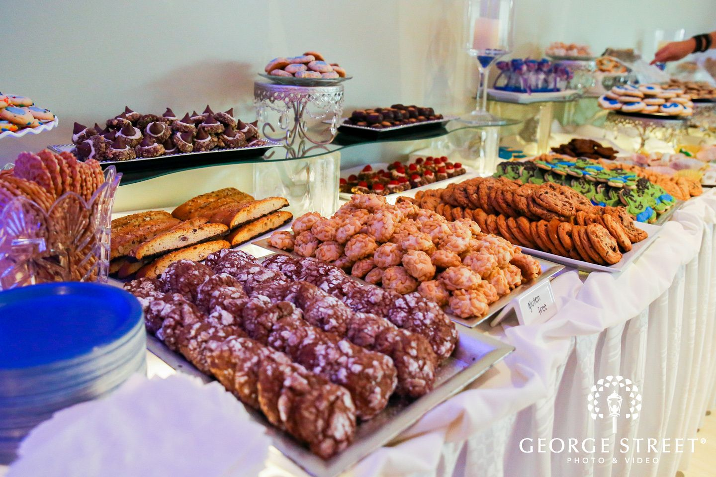 The Atrium Prospect D 0116 Cookie Buffet Cookie Table Cookie Table Wedding