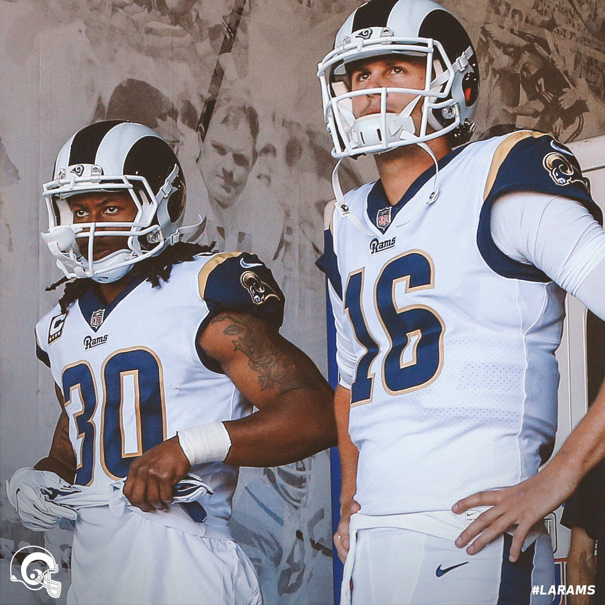 Gurley Goff Of The Rams Yesss Todd Gurley Rams Football Jared Goff