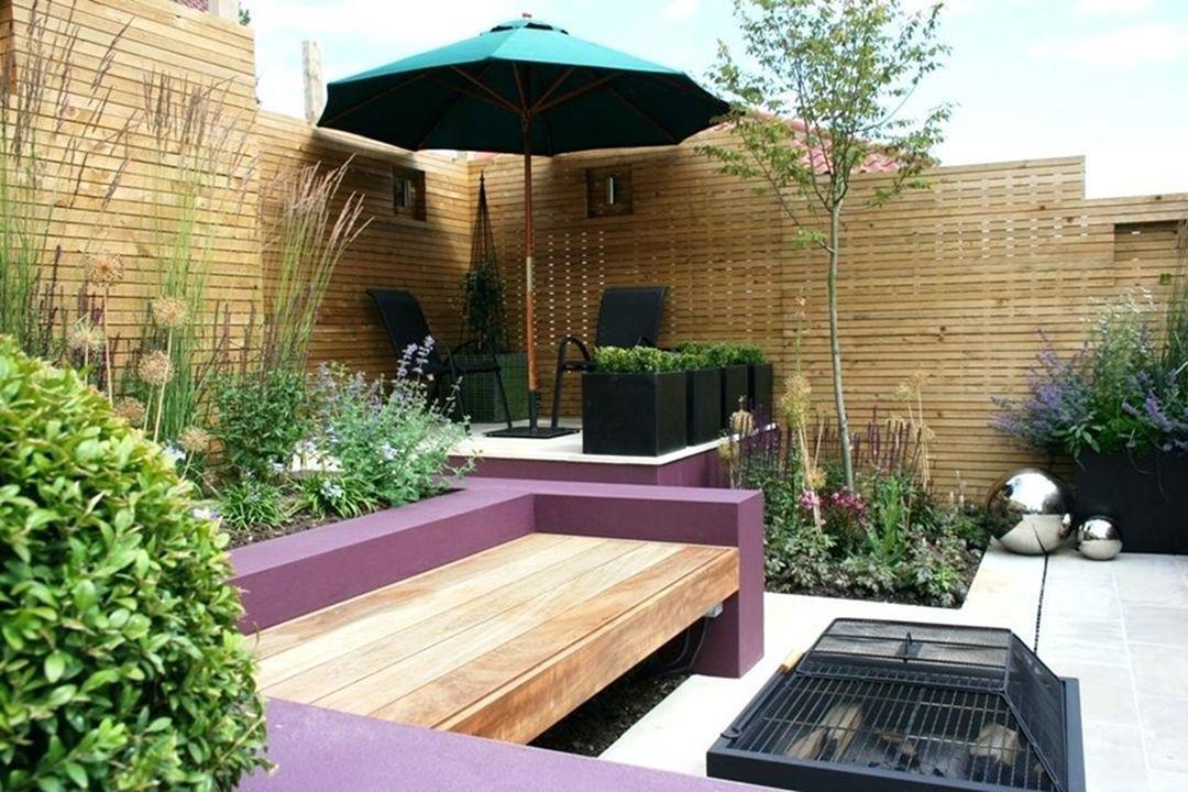 Extraordinary Small Modern Garden Ideas With Images Small Courtyard Gardens Courtyard Gardens Design Backyard Garden Layout