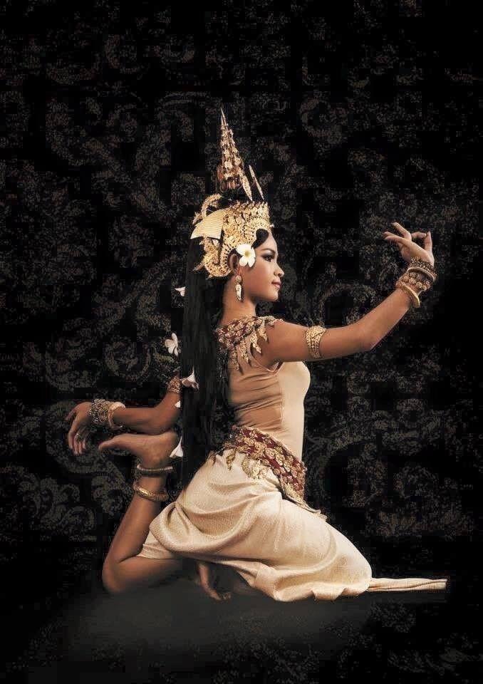 Khmer apsara   Cambodian art, Cambodian women, Dancer tattoo