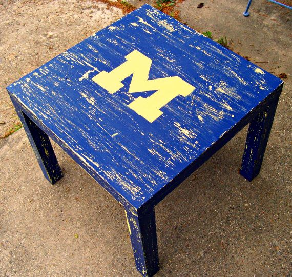 Groovy Michigan Wolverines Hand Painted End Side Table U By Gmtry Best Dining Table And Chair Ideas Images Gmtryco