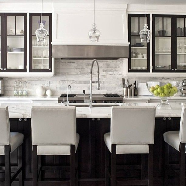 21 Sleek And Modern Metal Kitchen Designs: Sleek White Kitchen Design #white #kitchen #marble #glass
