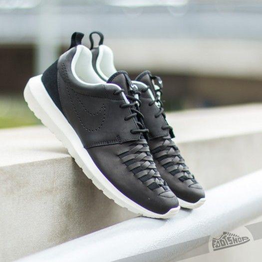 392666a13c2d Nike Rosherun NM Woven Black  Black-Sail