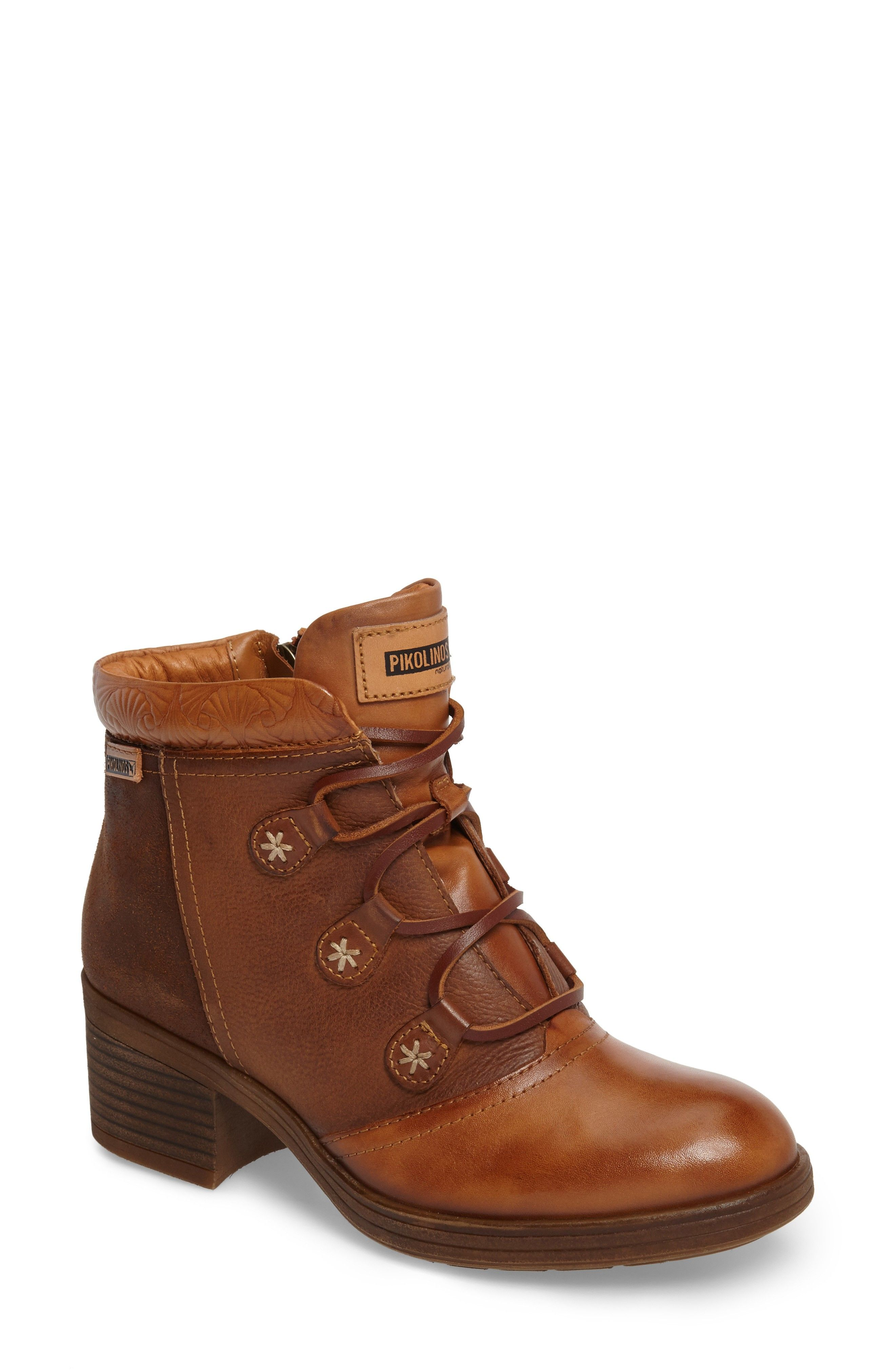 Pikolinos Women's Lyon Lace-Up Boot