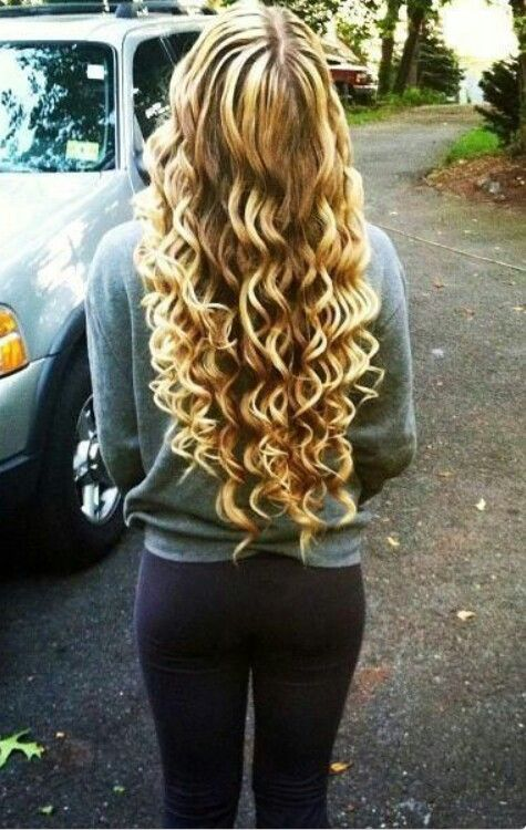 Pin by Tori Vanney on My Style | Hair styles, Curling hair with wand, Hair beauty
