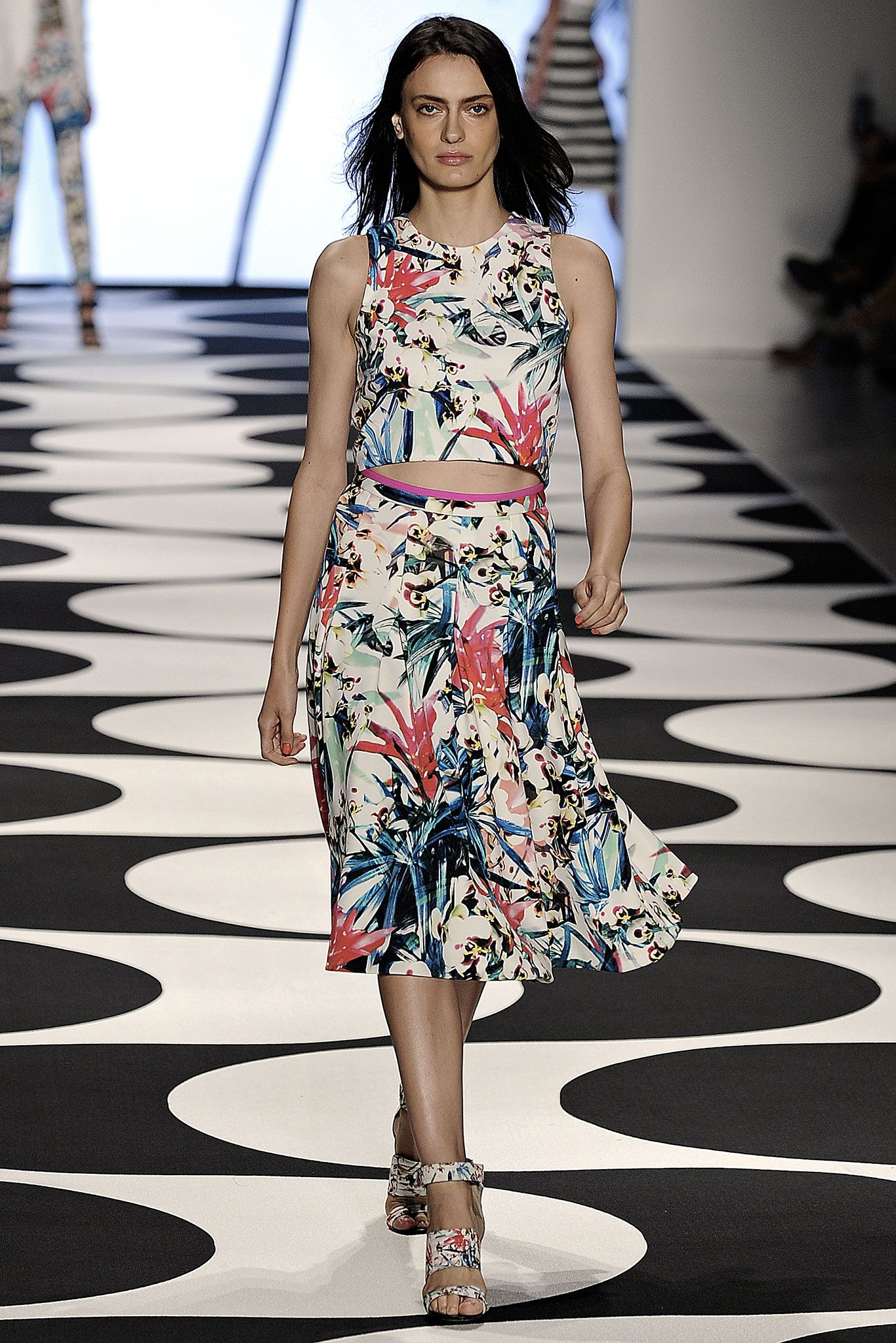 Discussion on this topic: Nicole Miller SpringSummer 2014 RTW – New , nicole-miller-springsummer-2014-rtw-new/