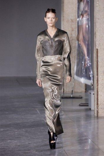 Iris van Herpen Autumn-Winter 2014 - Shows - Fashion - GLAMOUR Nederland