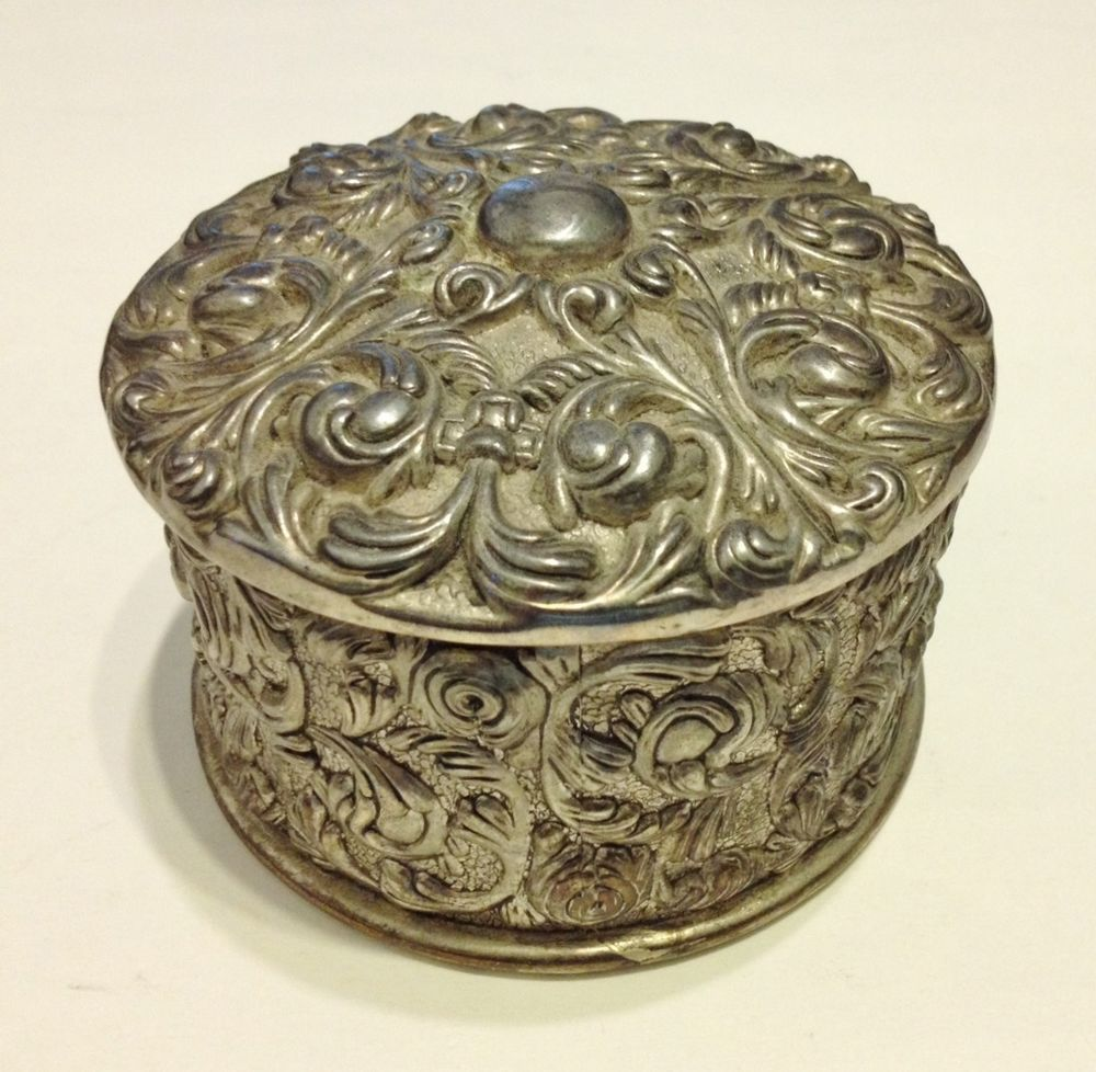 Ornate Round Silver Metal Trinket Jewelry Box Vintage Scroll Velvet ...