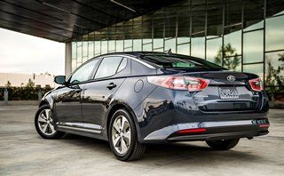 Gallery | 2015 Kia Optima Hybrid Pictures | Kia Cars