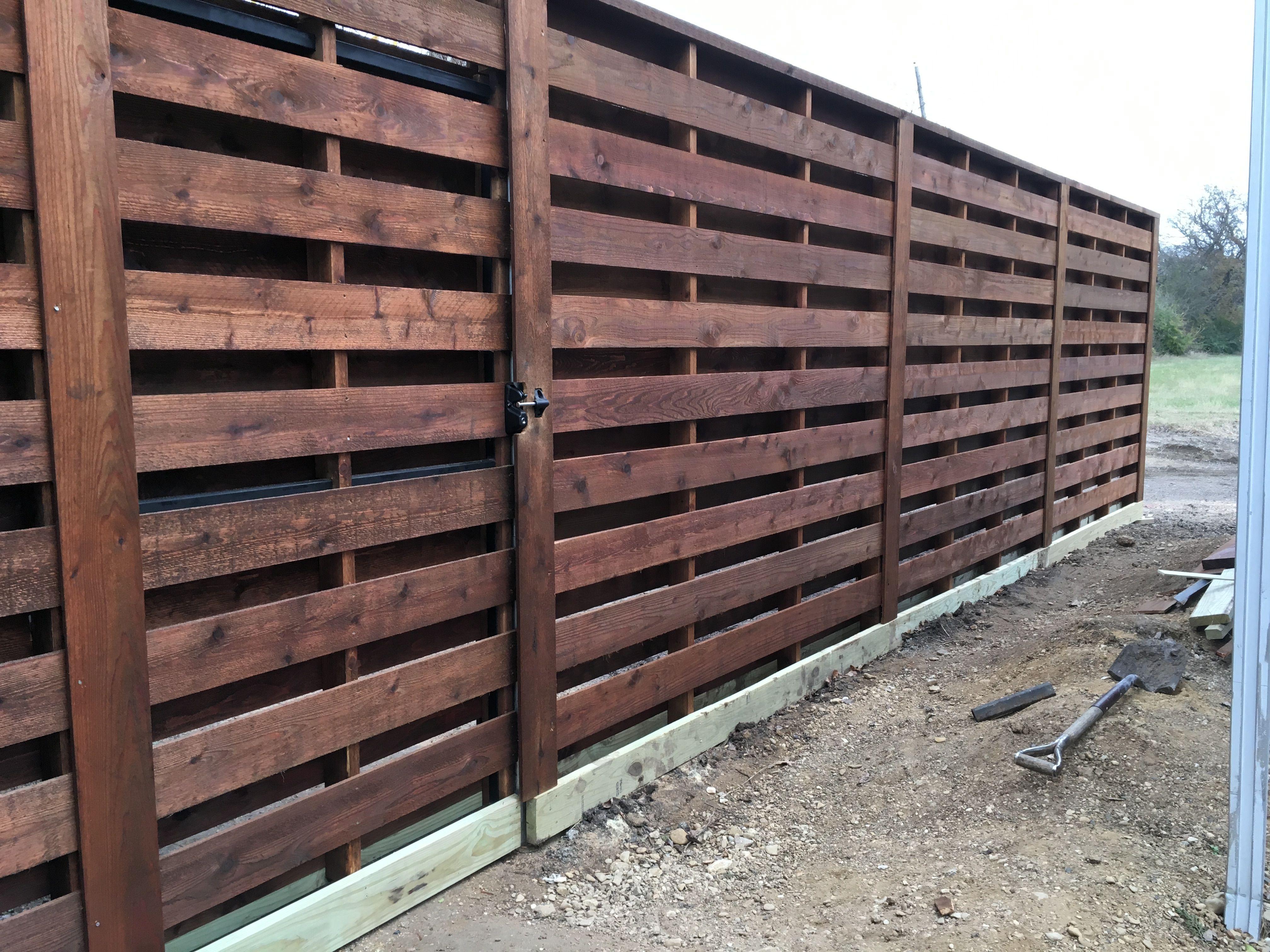 Horizontal Shadow Box Fence Shadow Box Fence Good Neighbor Fence Diy Backyard Fence