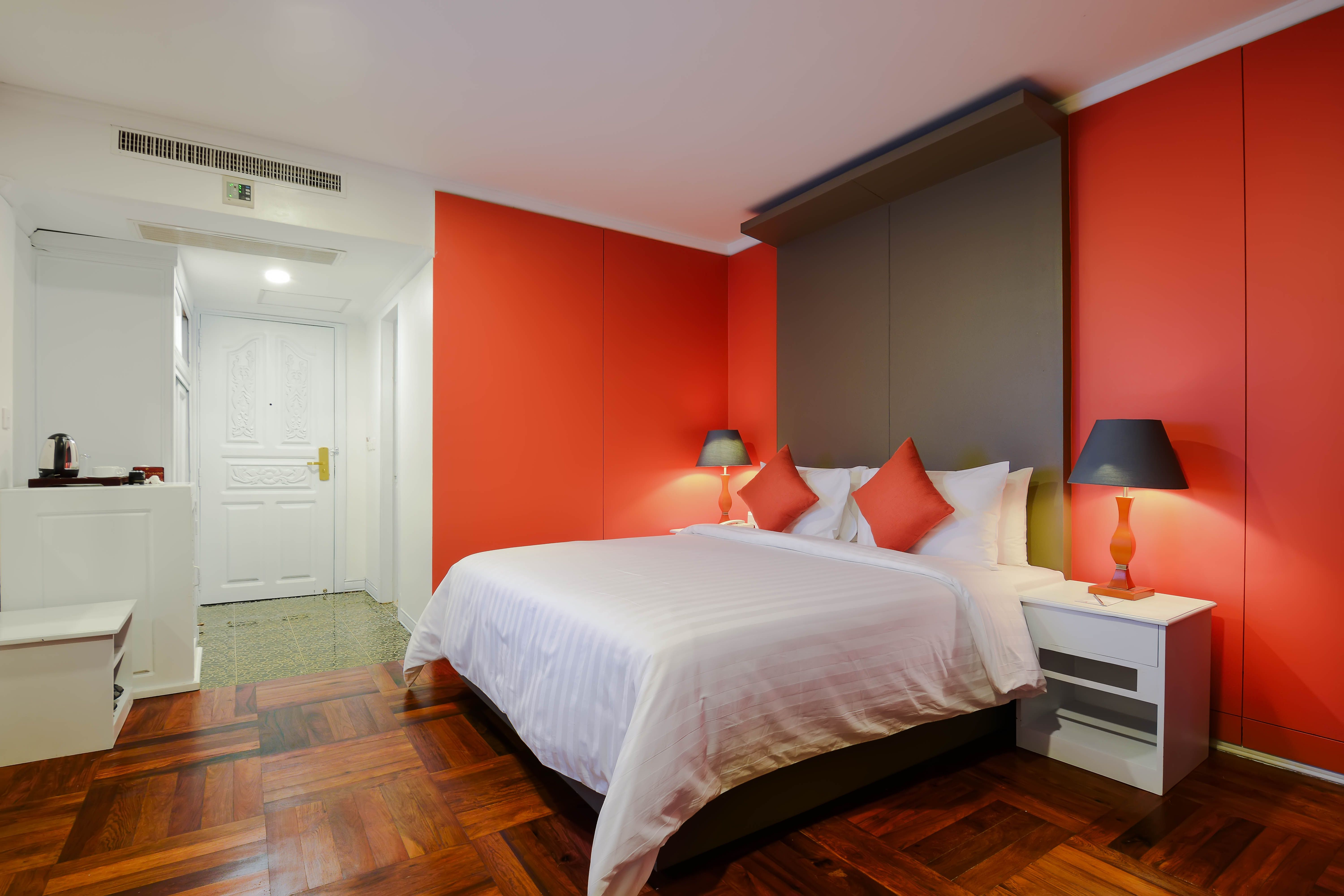 what is breathtaking room decoration at memoire siem reap hotel every single minute we do