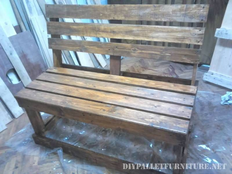 banc avec palettes planches mobilier terrasse bancs et planches. Black Bedroom Furniture Sets. Home Design Ideas
