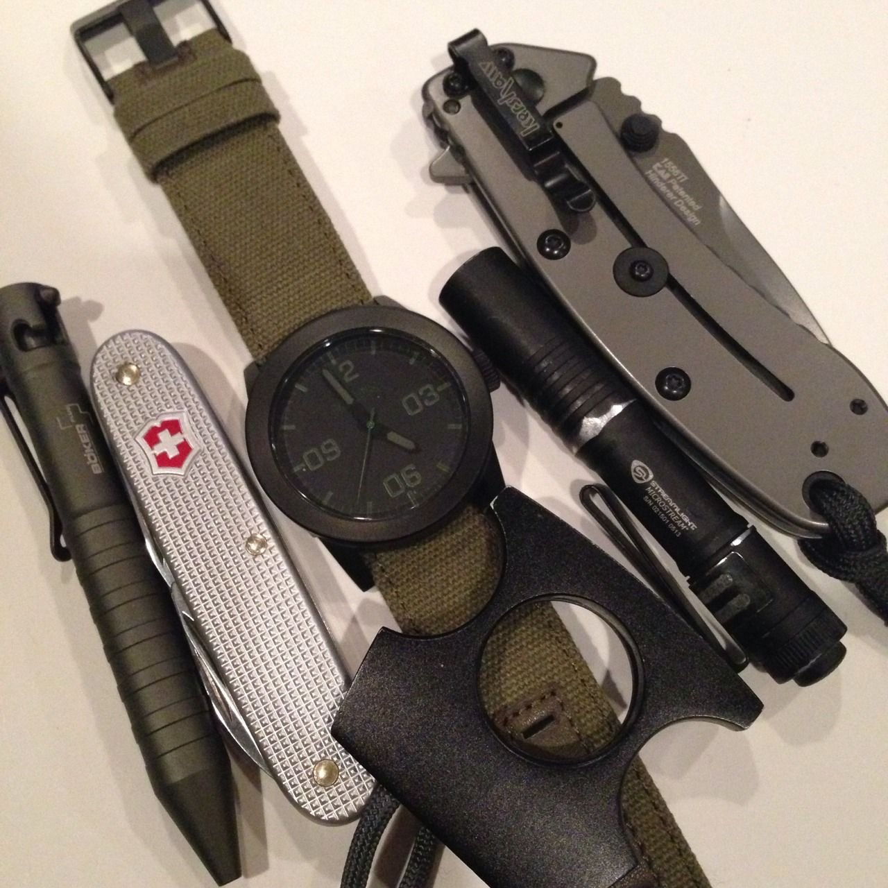 Every Day Carry or E.D.C. is an ideology and spirit of being prepared. Join The Prepared Sheepdog and explore EDC with us! Subscribe to our youtube channel for reviews and ideas! www.youtube.com/...