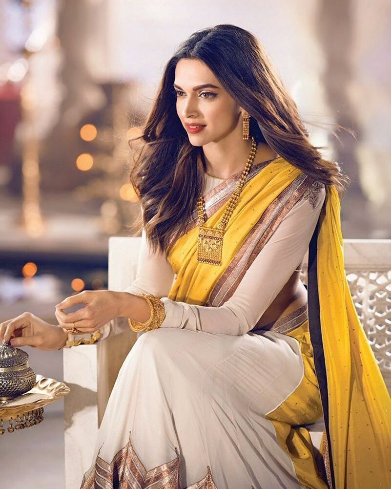 21 5k Likes 237 Comments Deepika Padukone Deepikabeautiful On Instagram How S Looking Deepu Deepika Padukone Style Modern Saree Elegant Saree