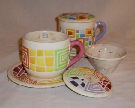 Taza con colador taza con colador arcilla esmaltes moldeo Gea ceramica artesanal