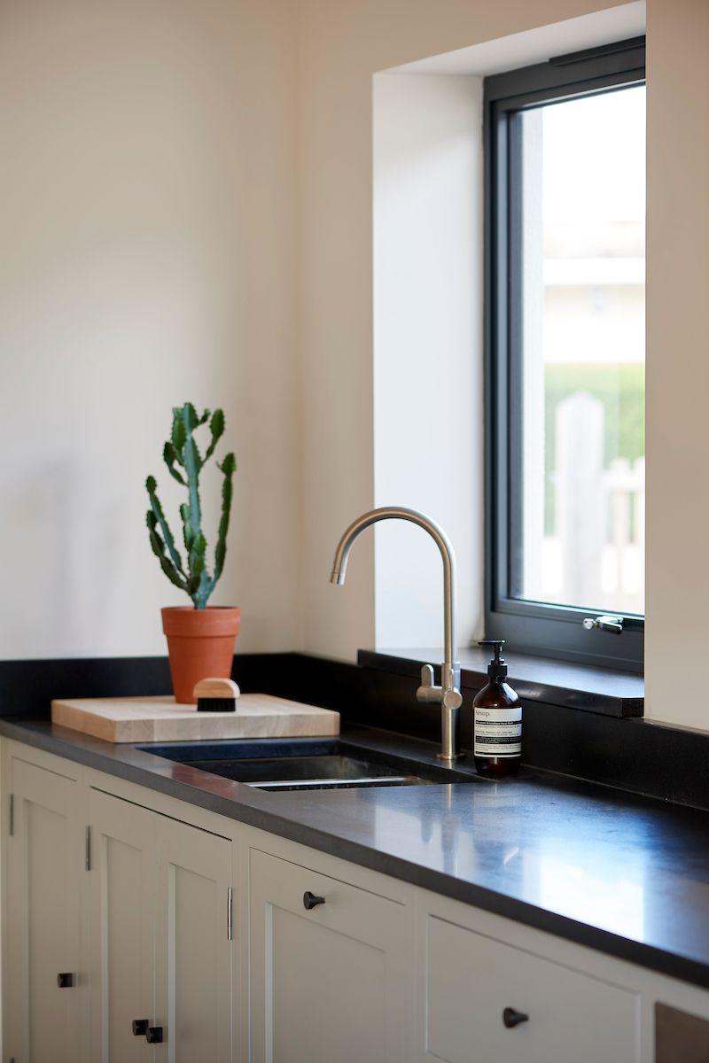 Kent london kitchen featuring handles from dowsing reynolds custommade bespoke