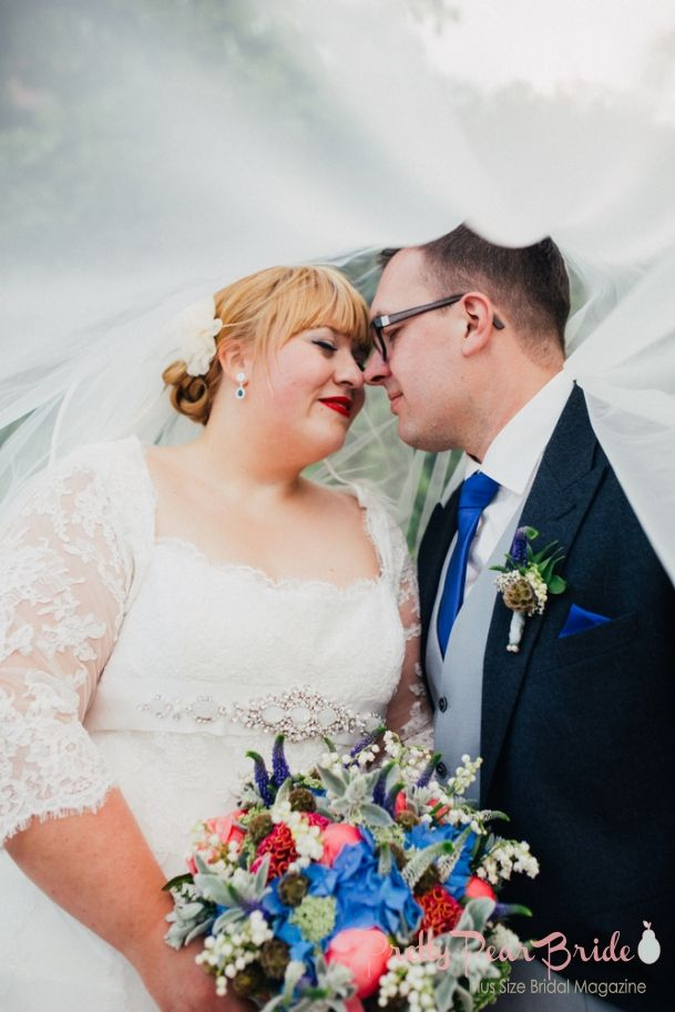 Real Plus Size Wedding} Red, White and Blue Wedding in Germany ...