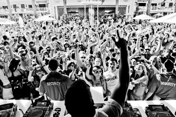 kaskade encore.. i'm in this pic!!! Kaskade, Music