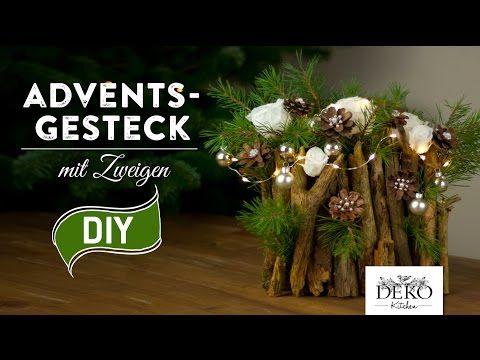 weihnachtsdeko basteln adventsgesteck mit zweigen how to deko kitchen youtube. Black Bedroom Furniture Sets. Home Design Ideas