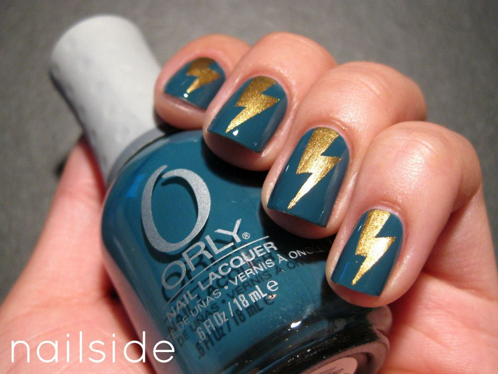 Muted Blue And Metallic Gold Lightning Manicure By Nailside Love This