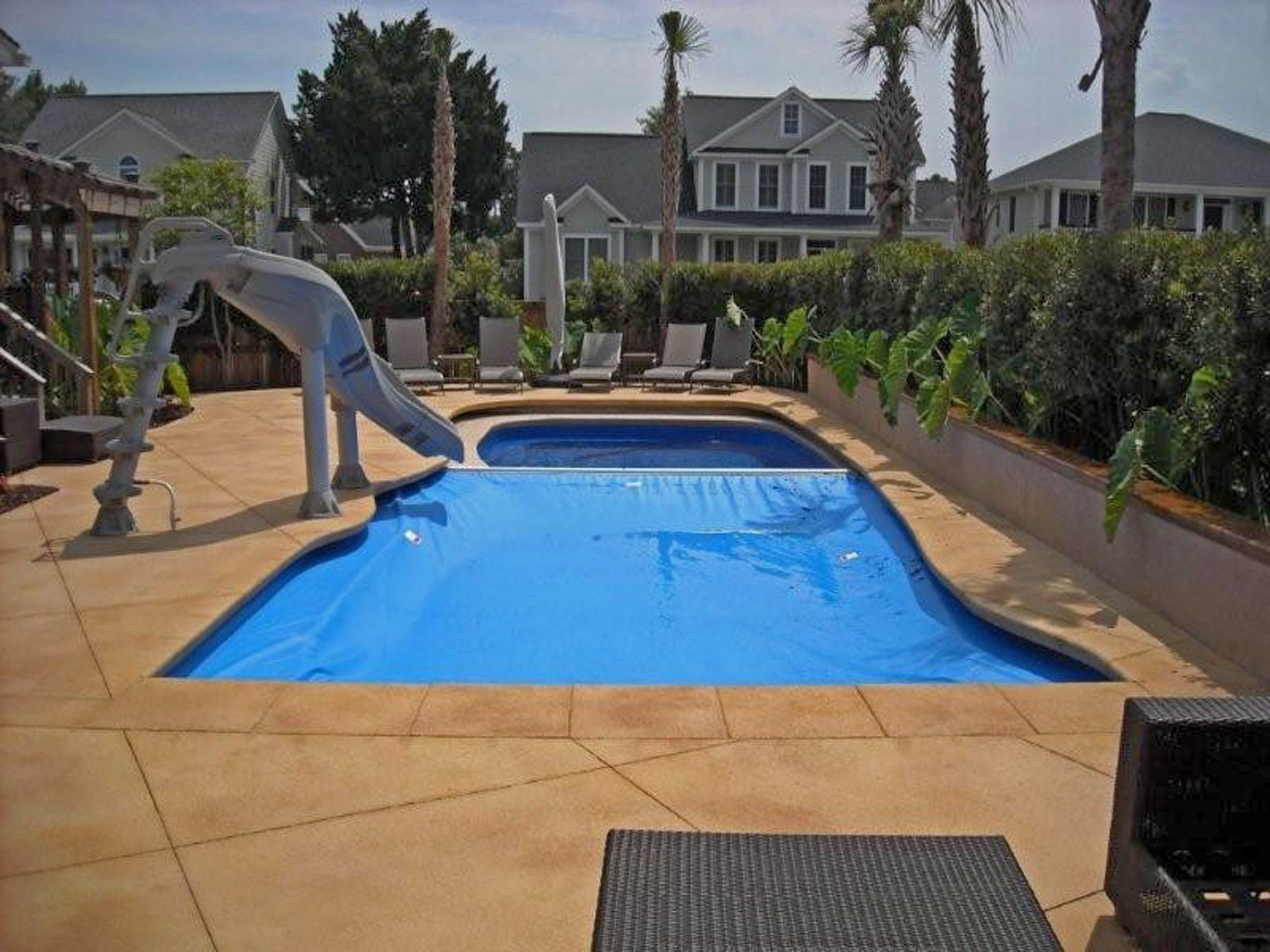 How to fix wear and tear on your automatic pool cover ...