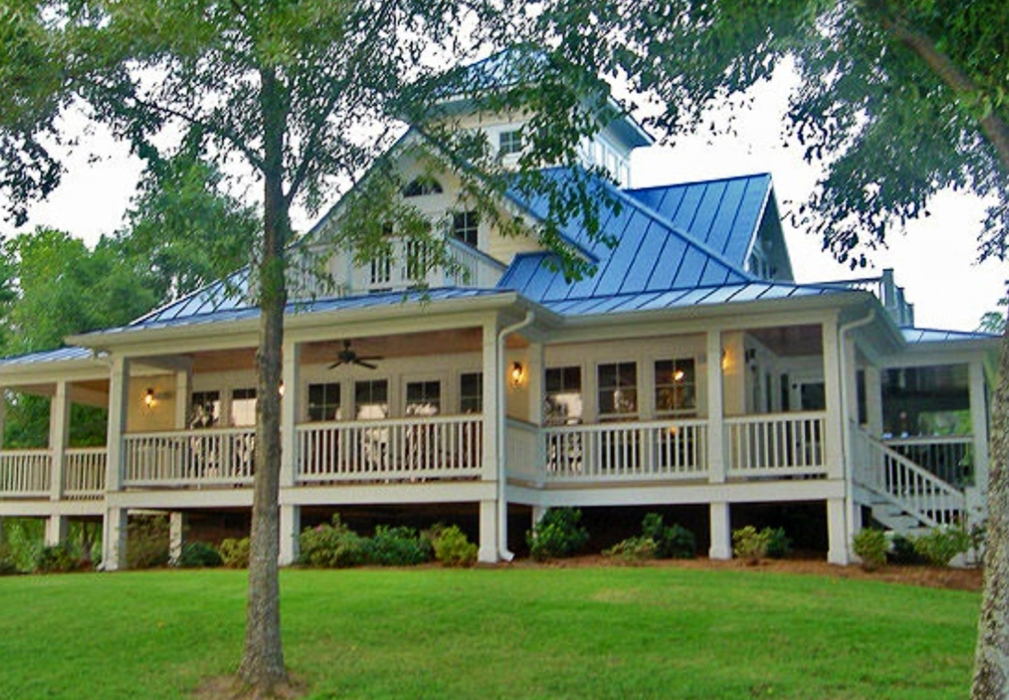 Houses with wrap around porches - 3 Bedroom Open Floor Plan With Wraparound Porch And Basement Basements Porch And Wraps