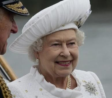 The official website of The Queen's Diamond Jubilee. From 60 facts about the Queen...10. The Queen is currently patron of over 600 charities and organisations, over 400 of which she has held since 1952.  11. Since 1952, The Queen has conferred over 404,500 honours and awards.