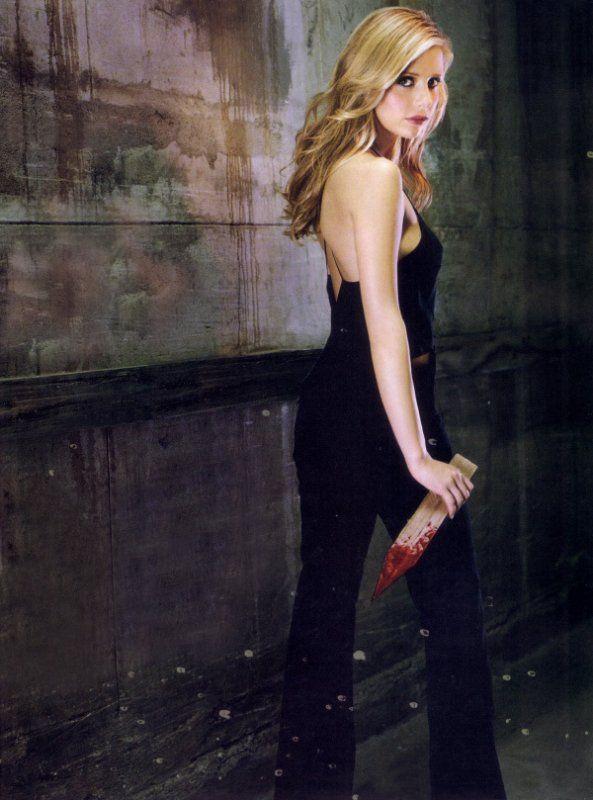 Buffy Summers - Buffy the Vampire Slayer (Sarah Michelle Geller)