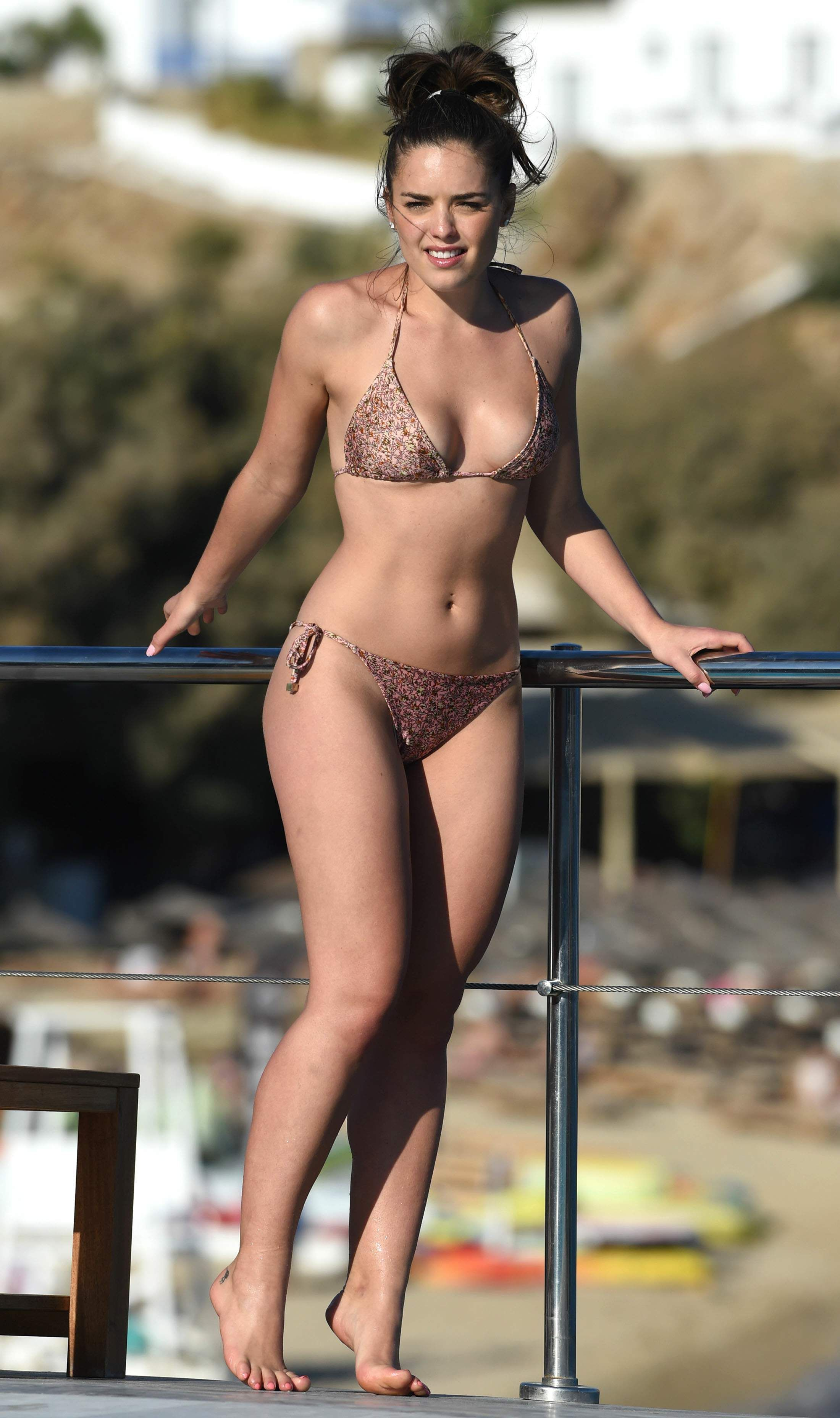 Feet Olympia Valance naked (48 foto and video), Pussy, Paparazzi, Feet, in bikini 2006