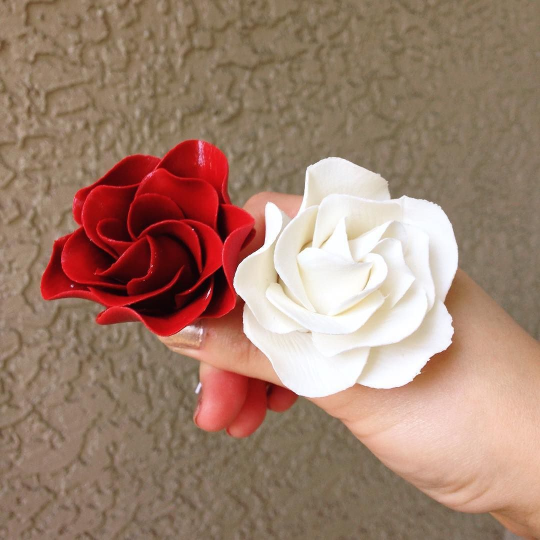 Red white gardenias. Kind of the fun of sugar flowers is that you ...