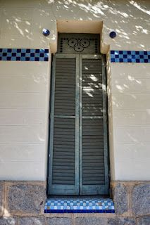 CASA ANTONI BARRAQUER I ROS (MANZANA RASPALL) El Passeig, 7 / Carrer de Caselles  La Garriga (Barcelona)