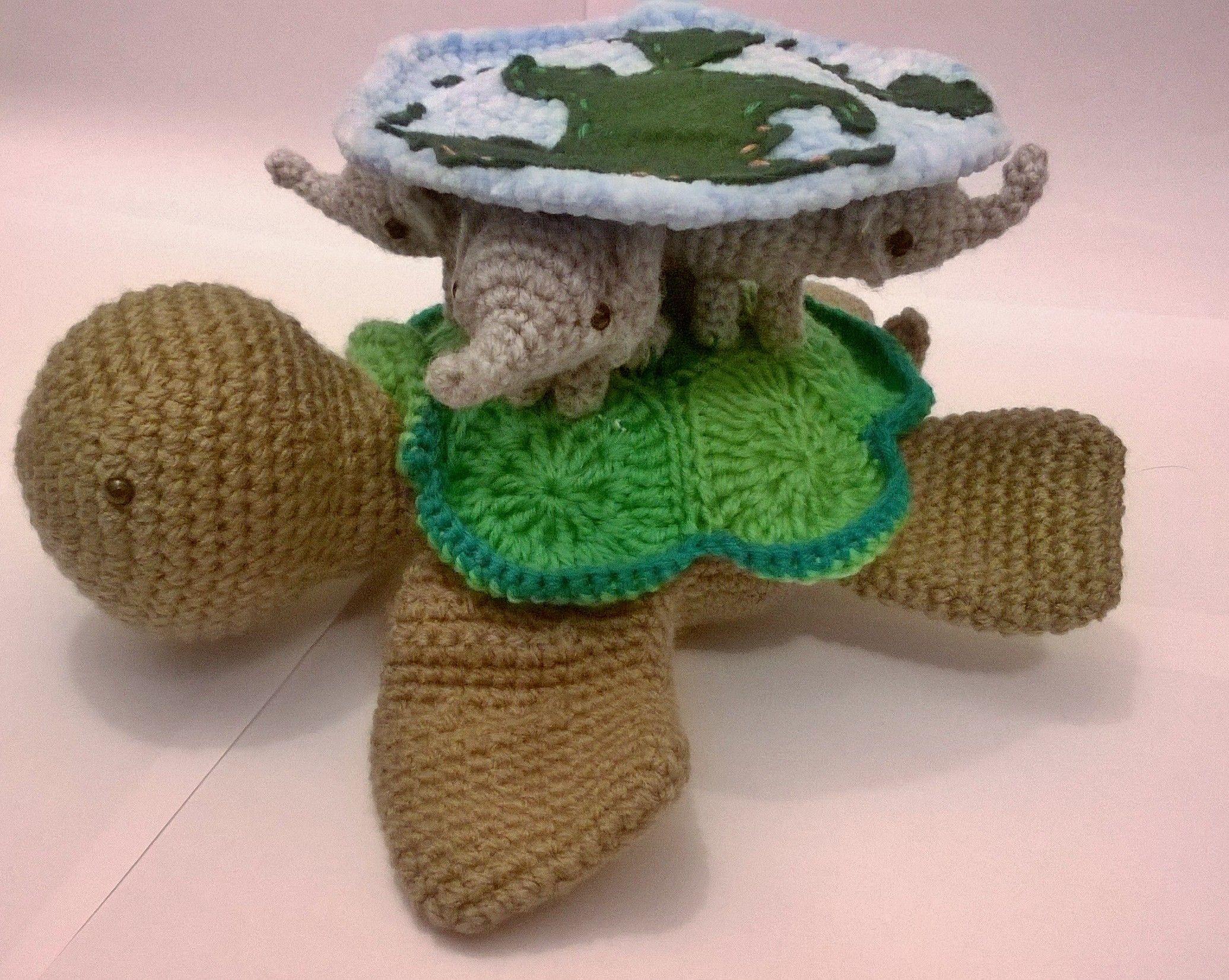Amigurumi Vivi Free Patterns : Discworld free pattern crochet turtle elephant pattern and tuin