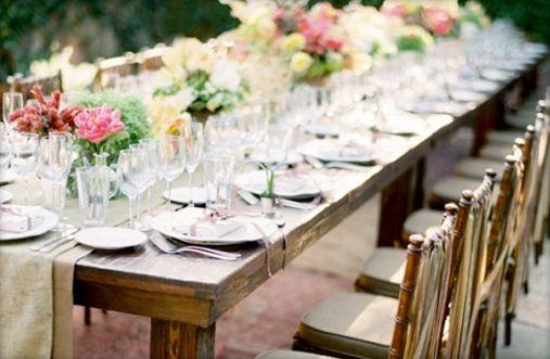 Outdoors Backyard Wedding Table Setting