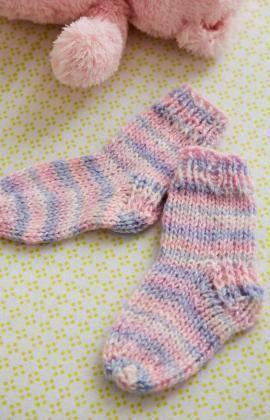 a1b8e17aca3e Happy Toes Baby Socks Free Knitting Pattern from Red Heart Yarns ...