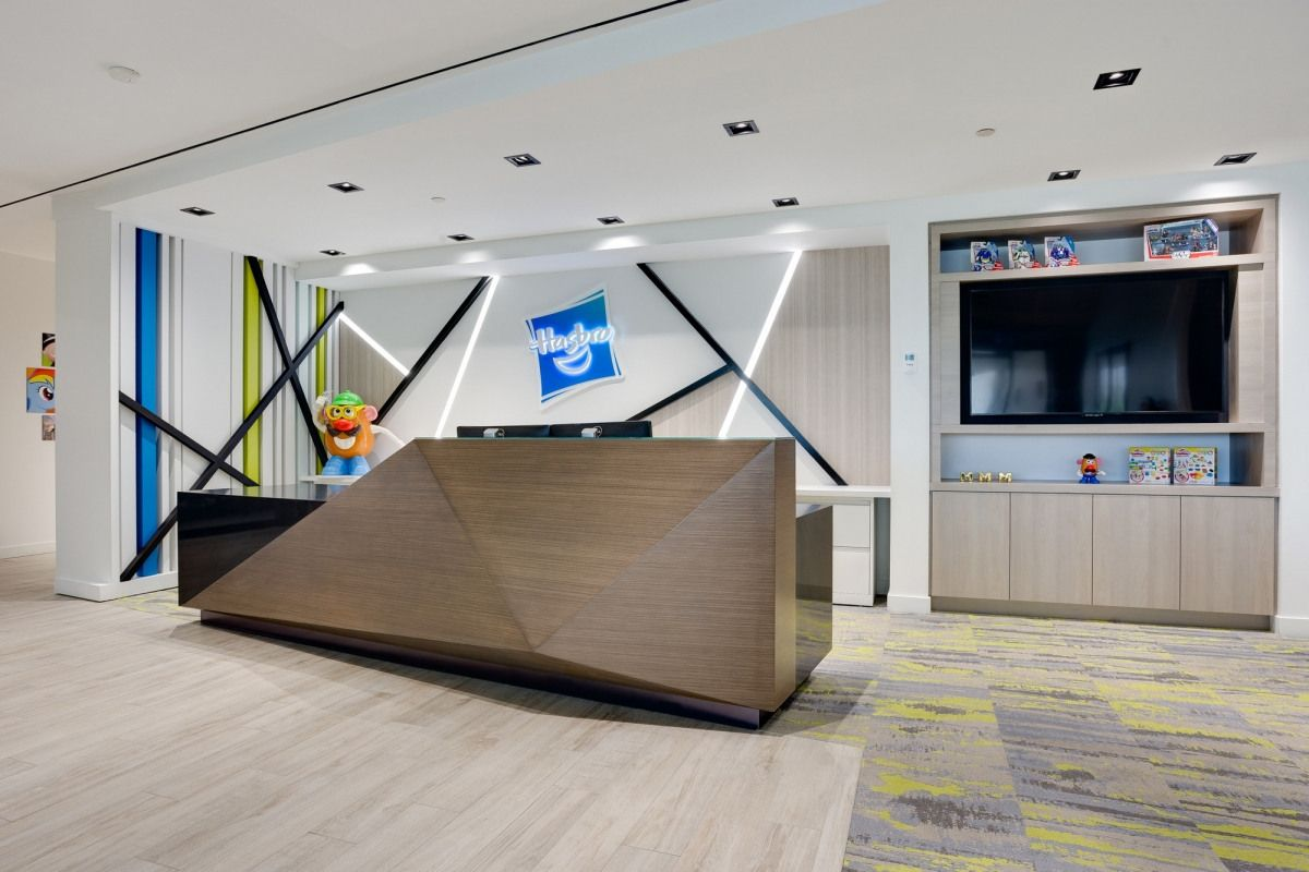 Office Tour Hasbro Canada Offices Mississauga Lobby Design Văn Phong Trang Tri