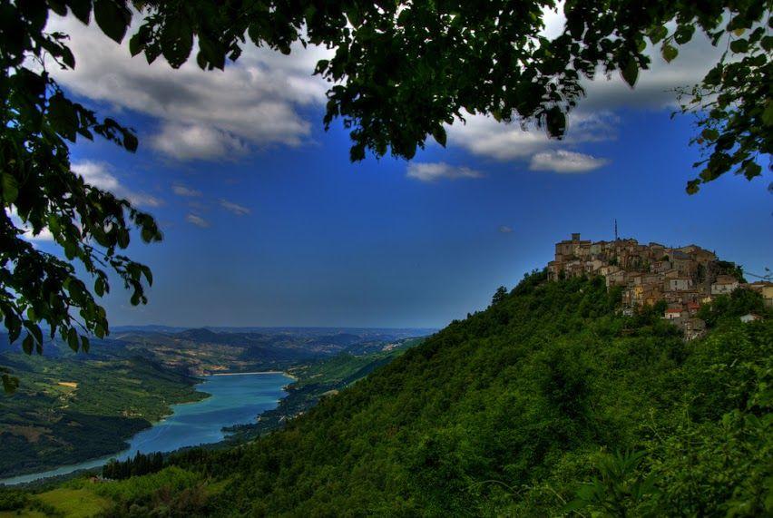 ITALIA - Abruzzo - Monteferrante and Bomba's Lake