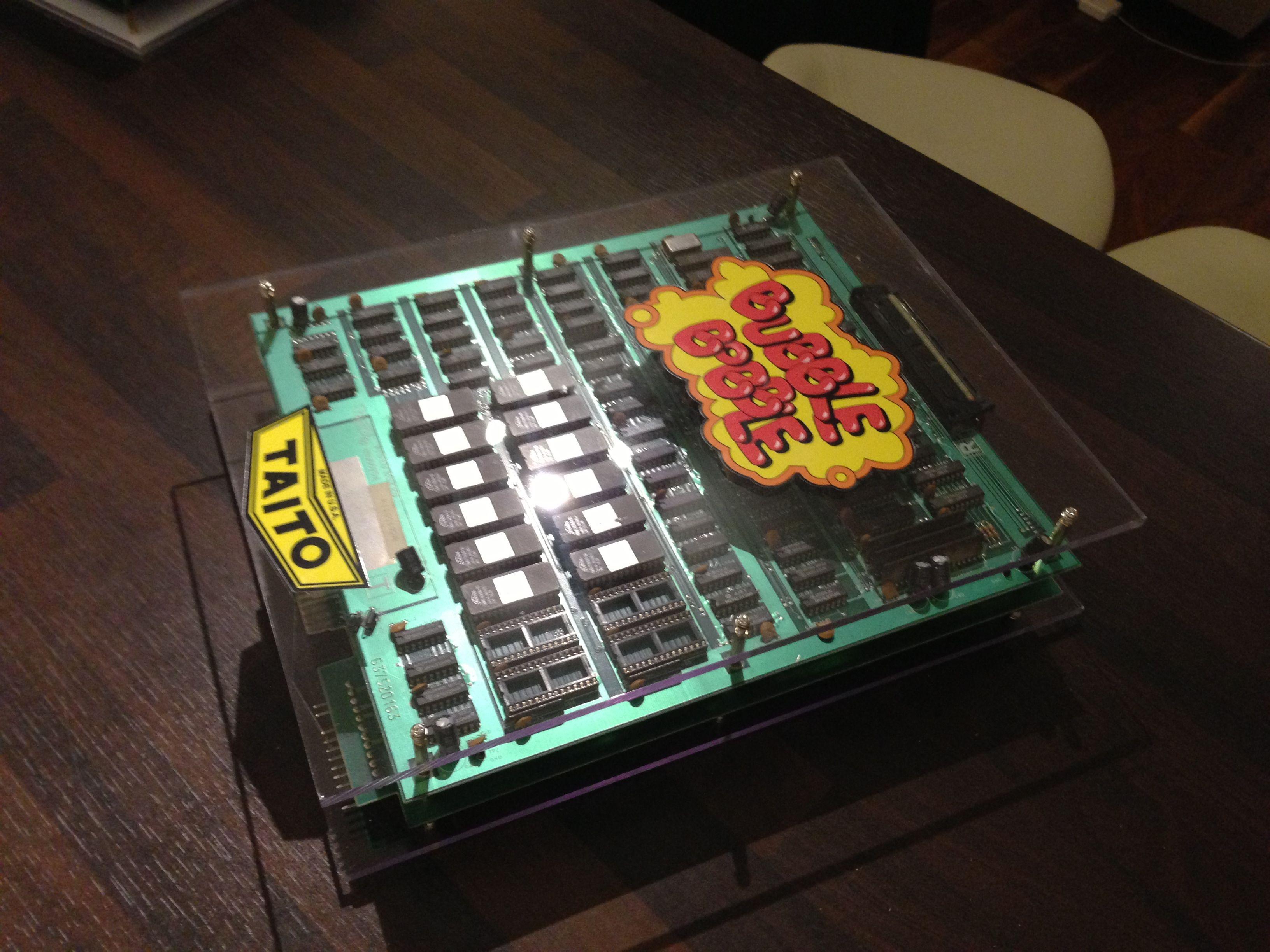 Bubble Bobble PCB incased in Perspex Arcade PCBs