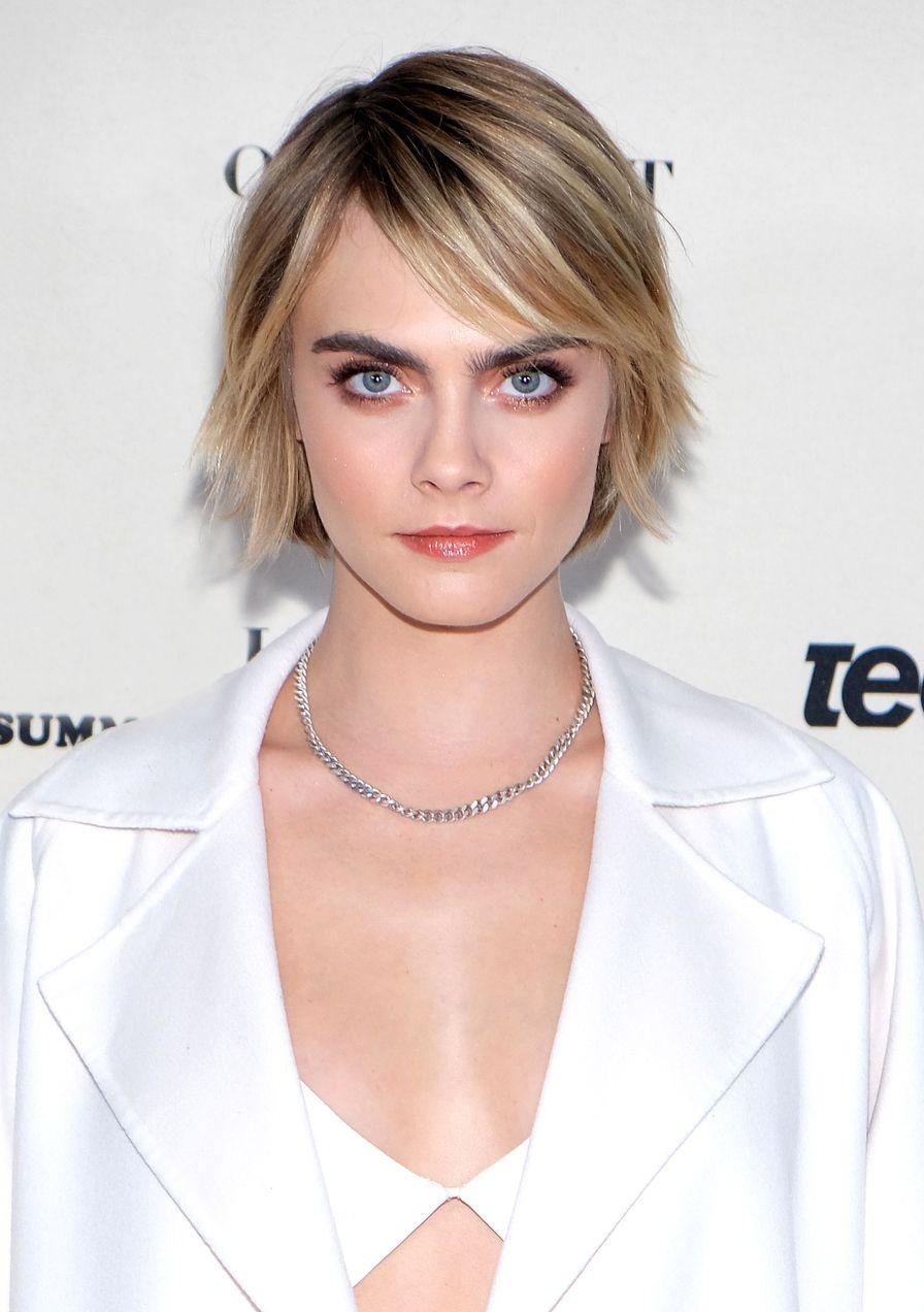 Kurze Haare rauswachsen lassen? 23 Stars und ihre Frisuren ...