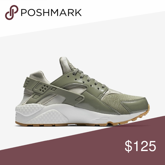 best sneakers ff925 ccd27 Nike Huarache Run Olive Green Stucco Gum Bottom New without box Women s Nike  Size 8 Huarache Run Olive Green Presto Stucco Gum Bottom 634835-027.