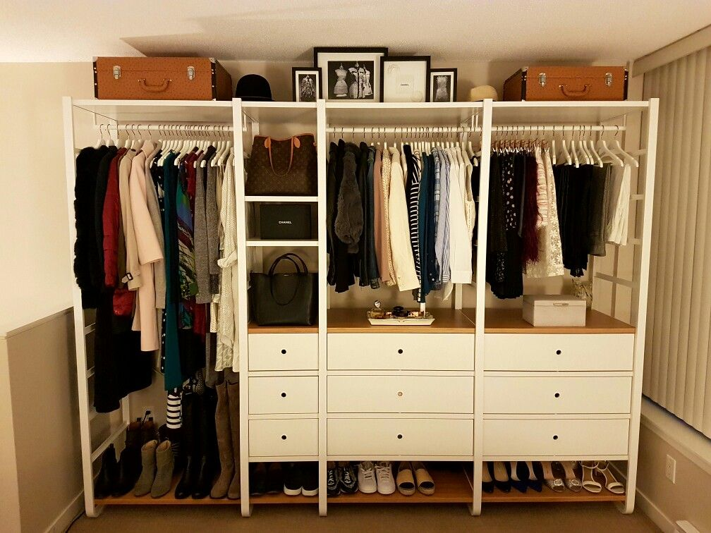 The lovely Ikea Elvarli open wardrobe (all of my clothing