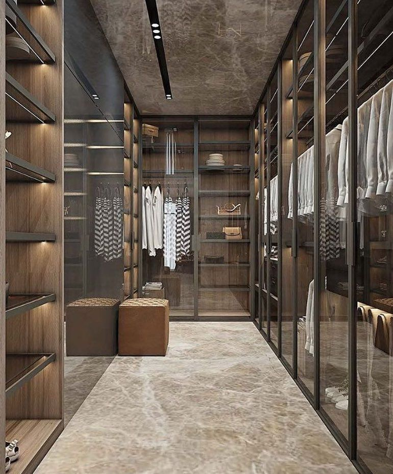 Gentleman's closet | Decoração armário, Closet com porta de