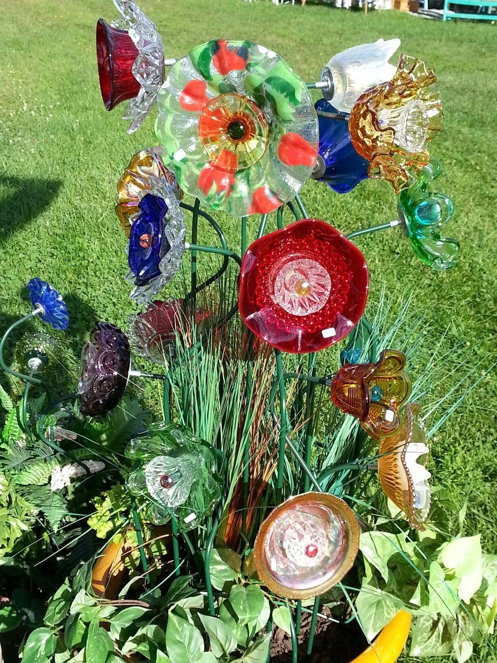 Trementozzi, Ann Marie - Creative Glass. — Roslindale Open Studios