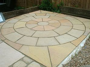 Ordinaire Circle Design
