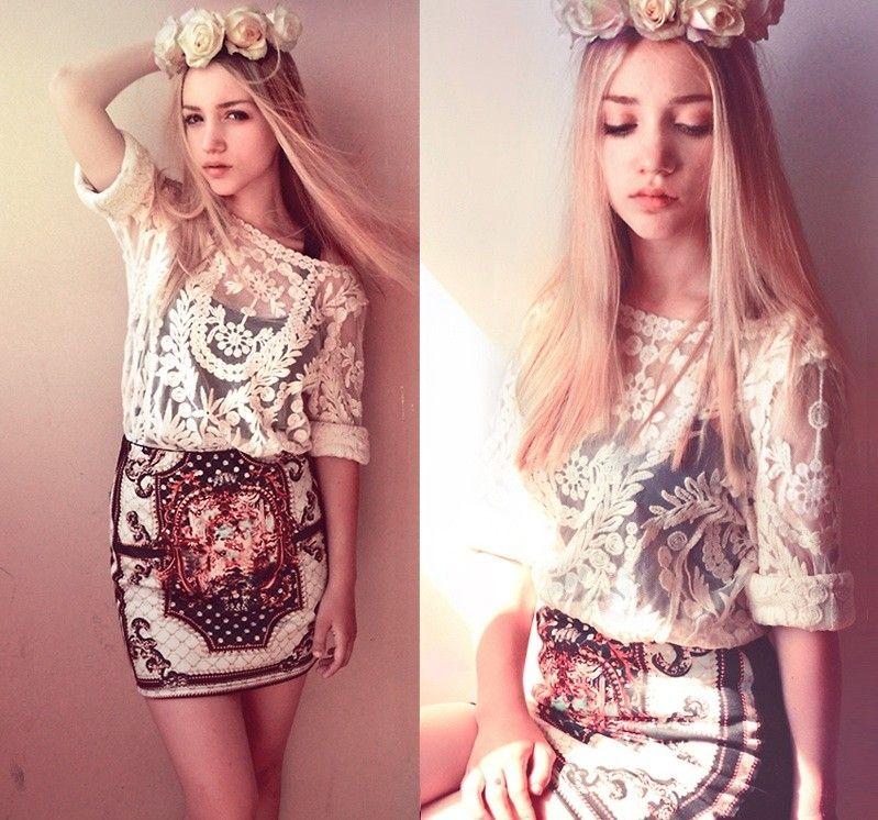 Vintage Embroidery Short Skirt