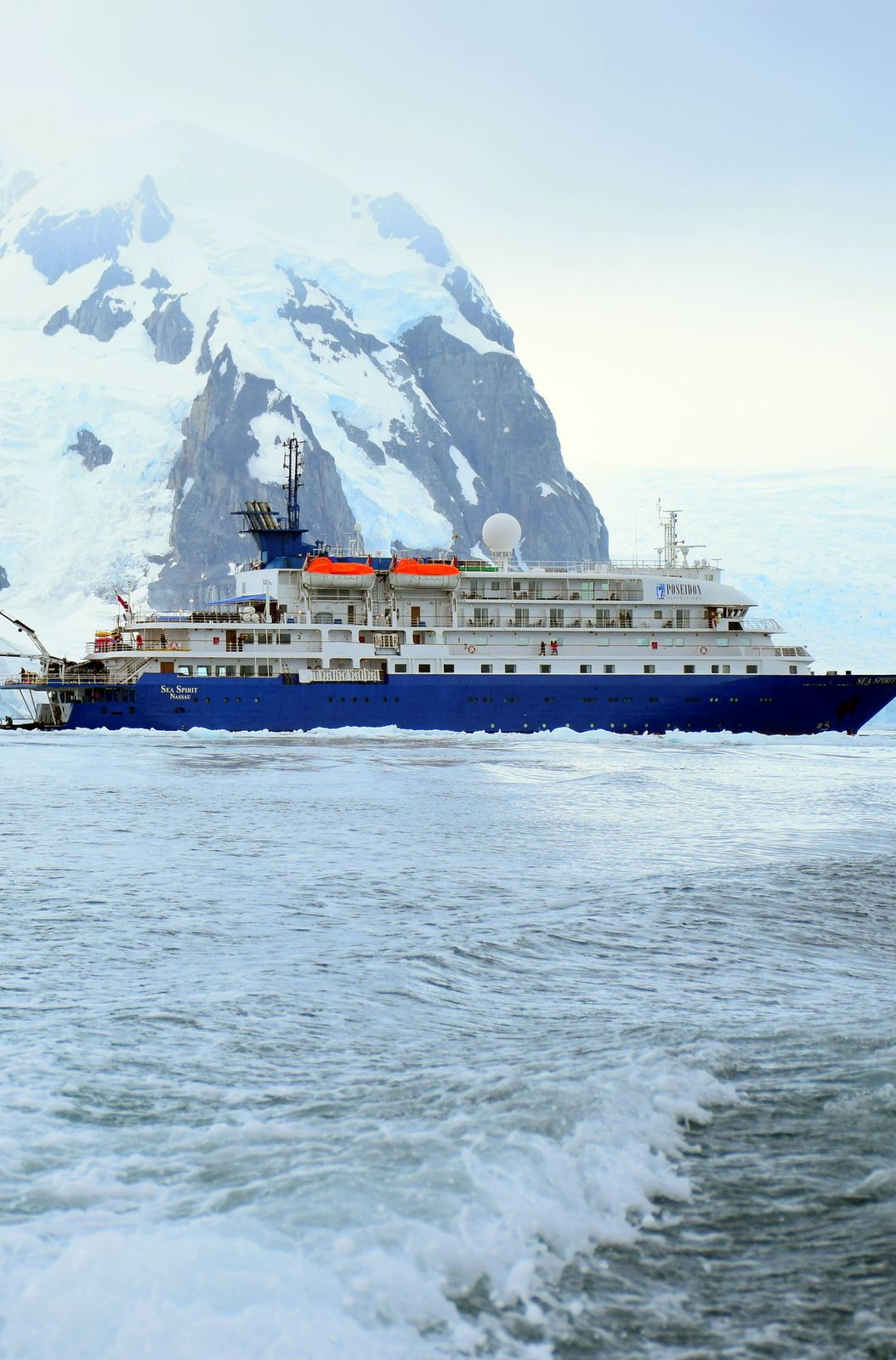 The Trip Of A Lifetime Traveling To Antarctica On An Expedition - Traveling to antarctica
